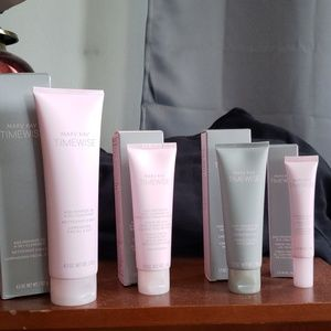 MaryKay Timewise Miracle Set 3D